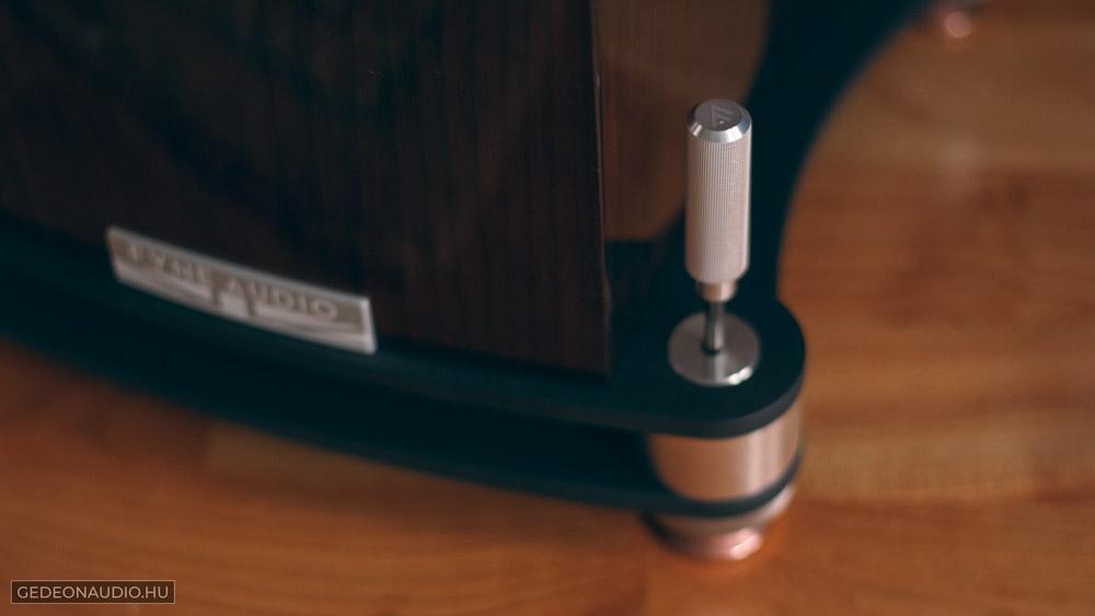 Fyne Audio F501SP hangfal teszt és viablue hs disc tüske alátétgedeonaudio.hu