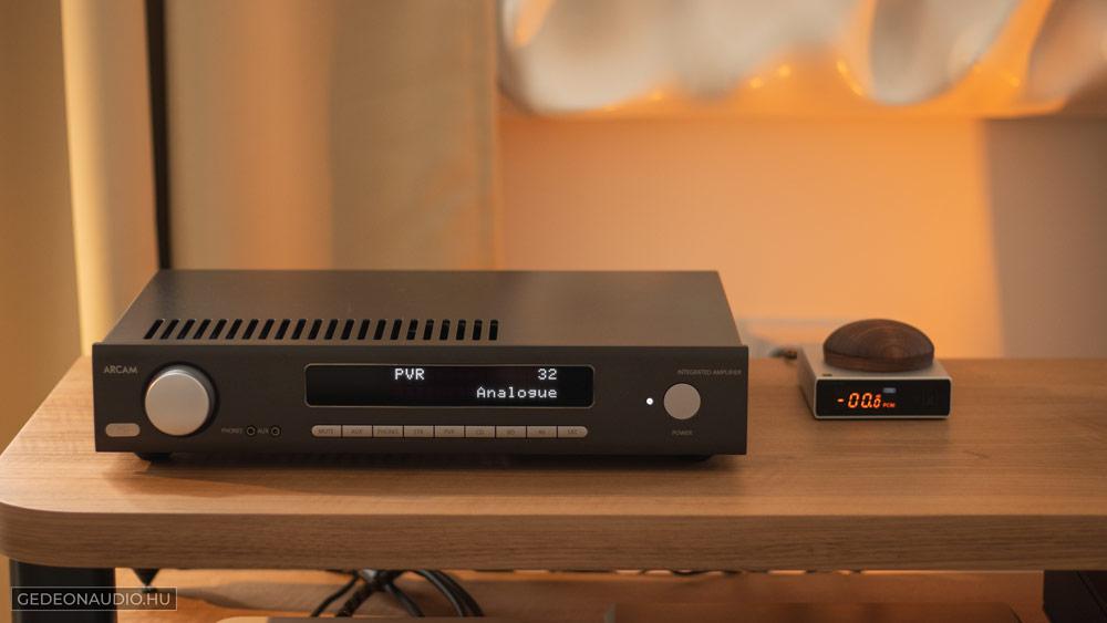 Topping E30 DAC teszt Gedeon Audio Arcam SA10 erősítő