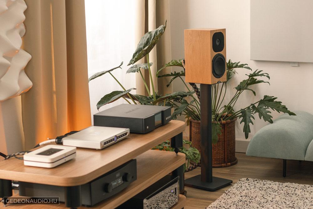 Kanto SP26PL állvány és Auralic Aries G1 Hegel H190 Neat SX3 Matrix X-Sabre Pro Neat SX3 hangfal Gedeon Audio